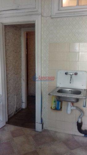 Комната в 3-комнатной квартире (71м2) на продажу по адресу Синявинская ул., 3— фото 8 из 17