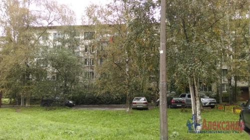 2-комнатная квартира (45м2) на продажу по адресу Антонова-Овсеенко ул., 13— фото 11 из 12