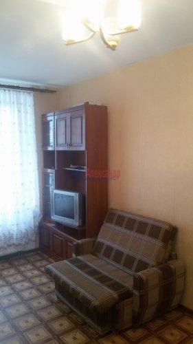 1-комнатная квартира (38м2) на продажу по адресу Брянцева ул., 15— фото 12 из 13