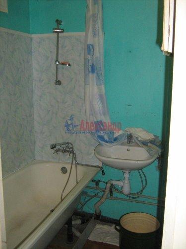 3-комнатная квартира (74м2) на продажу по адресу Кириши г., Строителей ул., 16— фото 10 из 12