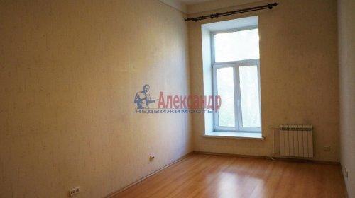 2-комнатная квартира (120м2) на продажу по адресу 5 линия В.О., 34— фото 3 из 24