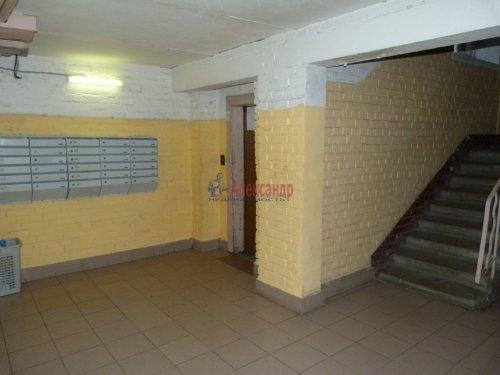 1-комнатная квартира (39м2) на продажу по адресу Пискаревский пр., 52— фото 4 из 16
