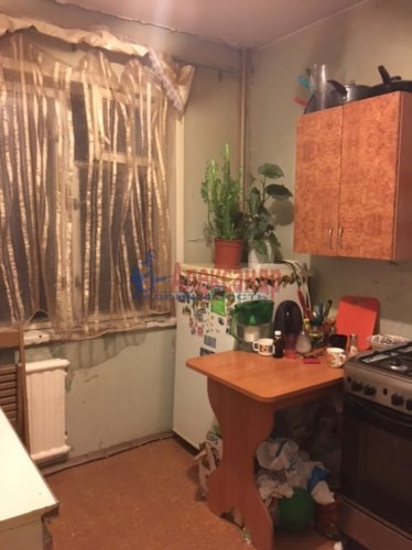 Комната в 2-комнатной квартире (46м2) на продажу по адресу Ключевая ул., 7— фото 1 из 8
