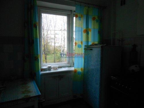 4-комнатная квартира (60м2) на продажу по адресу Сясьстрой г., Петрозаводская ул., 6— фото 4 из 5