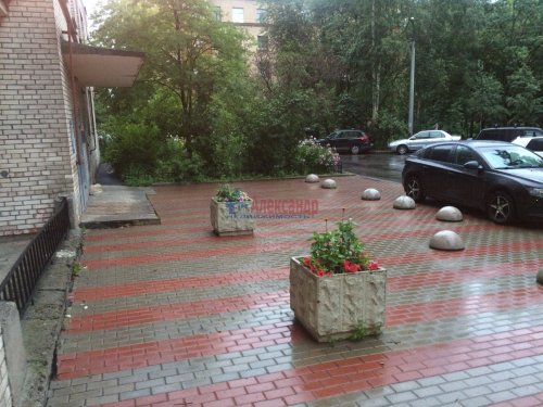 2-комнатная квартира (58м2) на продажу по адресу Вяземский пер., 6— фото 3 из 15