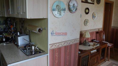 2-комнатная квартира (61м2) на продажу по адресу Мурино пос., Оборонная ул., 2— фото 3 из 7