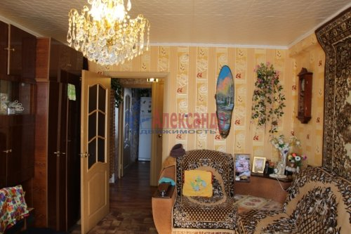 3-комнатная квартира (71м2) на продажу по адресу Токсово пгт., Привокзальная ул., 20— фото 2 из 16