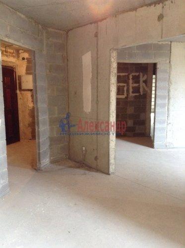 2-комнатная квартира (77м2) на продажу по адресу Александра Матросова ул., 20— фото 5 из 9