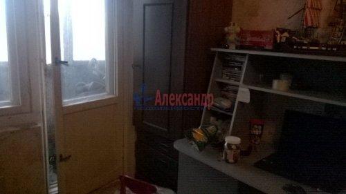 1-комнатная квартира (36м2) на продажу по адресу Коммунар г., Гатчинская ул., 1а— фото 3 из 3