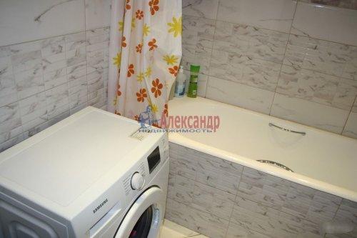 2-комнатная квартира (65м2) на продажу по адресу Гжатская ул., 22— фото 11 из 15