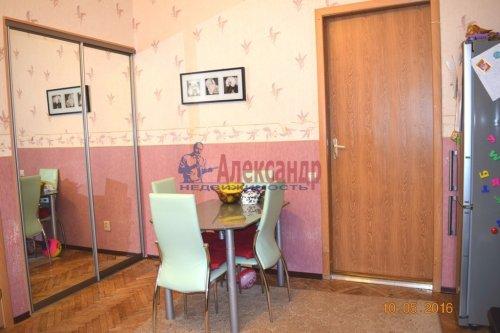 2 комнаты в 6-комнатной квартире (190м2) на продажу по адресу Английский пр., 26— фото 2 из 15