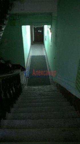 Комната в 6-комнатной квартире (129м2) на продажу по адресу Большой пр., 2— фото 3 из 7