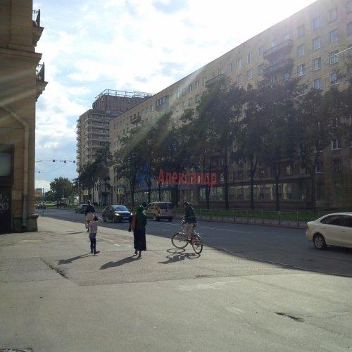 4-комнатная квартира (168м2) на продажу по адресу Тарасова ул., 6— фото 9 из 9