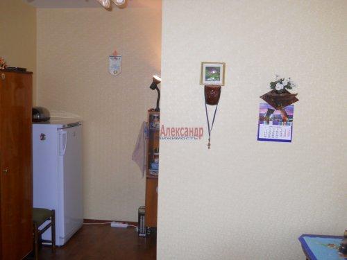 Комната в 3-комнатной квартире (61м2) на продажу по адресу Просвещения пр., 20/25— фото 3 из 13