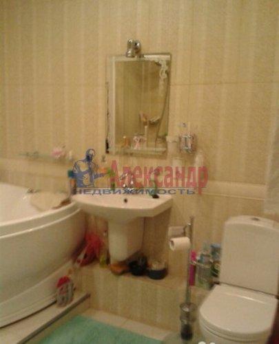 3-комнатная квартира (108м2) на продажу по адресу Луначарского пр., 11— фото 11 из 14