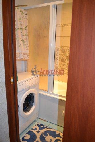 3-комнатная квартира (71м2) на продажу по адресу Комендантский пр., 31— фото 9 из 10