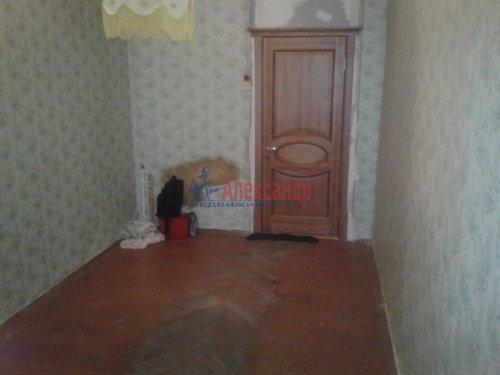 Комната в 6-комнатной квартире (70м2) на продажу по адресу Пасторова ул., 4— фото 2 из 13