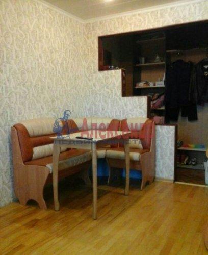 2-комнатная квартира (48м2) на продажу по адресу Кириши г., Ленина пр., 6— фото 1 из 6