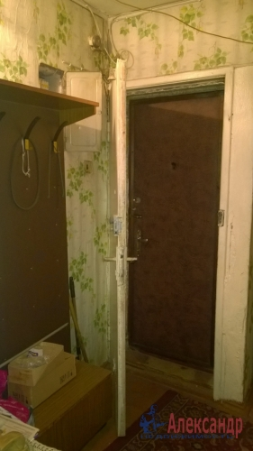 2-комнатная квартира (43м2) на продажу по адресу Пискаревский пр., 145— фото 3 из 9