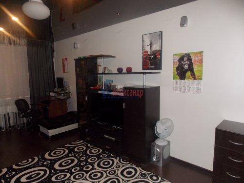 3-комнатная квартира (72м2) на продажу по адресу Шлиссельбург г., Малоневский канал ул., 10— фото 2 из 11