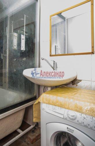 Комната в 10-комнатной квартире (285м2) на продажу по адресу Савушкина ул., 80— фото 7 из 7