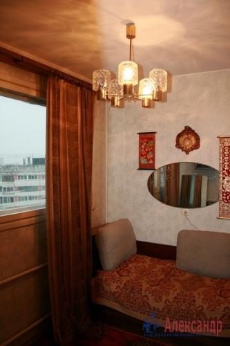 3-комнатная квартира (52м2) на продажу по адресу Руднева ул., 5— фото 3 из 6