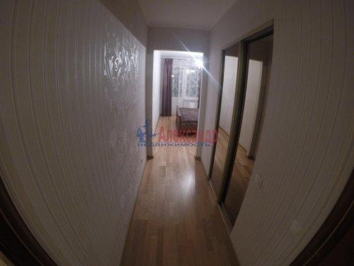 2-комнатная квартира (69м2) на продажу по адресу Шушары пос., Пушкинская ул., 48— фото 9 из 16