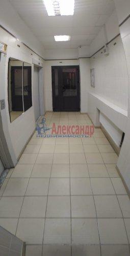 1-комнатная квартира (40м2) на продажу по адресу Мурино пос., Оборонная ул., 2— фото 2 из 18