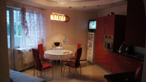 3-комнатная квартира (100м2) на продажу по адресу Науки пр., 17— фото 1 из 10