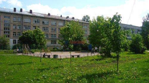 Комната в 2-комнатной квартире (62м2) на продажу по адресу Октябрьская наб., 64— фото 4 из 18