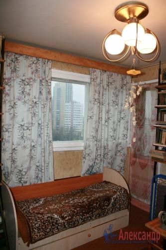 3-комнатная квартира (52м2) на продажу по адресу Руднева ул., 5— фото 4 из 6