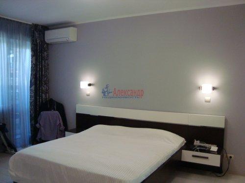 3-комнатная квартира (96м2) на продажу по адресу Планерная ул., 63— фото 4 из 11