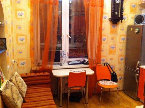 1-комнатная квартира (42м2) на продажу по адресу Замшина ул., 31— фото 6 из 13
