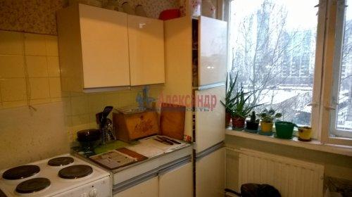 2-комнатная квартира (50м2) на продажу по адресу Художников пр., 9— фото 6 из 9
