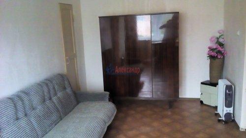 2-комнатная квартира (43м2) на продажу по адресу Назия пос., Октябрьская ул., 6— фото 2 из 5