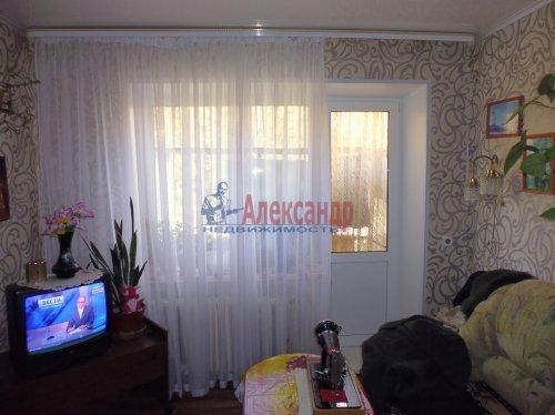 2-комнатная квартира (41м2) на продажу по адресу Подпорожье г., Паромная ул., 31— фото 1 из 12
