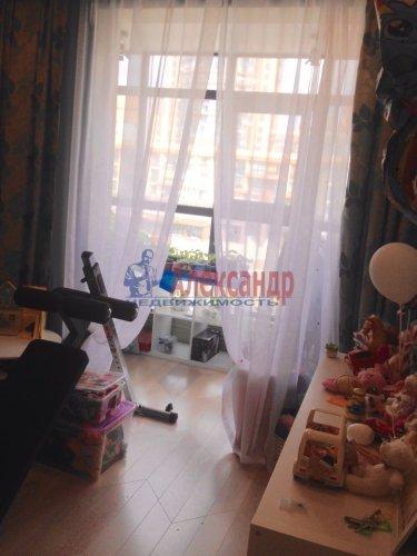 3-комнатная квартира (70м2) на продажу по адресу Адмирала Черокова ул., 18— фото 15 из 31