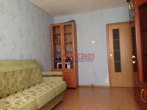 Комната в 4-комнатной квартире (77м2) на продажу по адресу Купчинская ул., 8— фото 4 из 6
