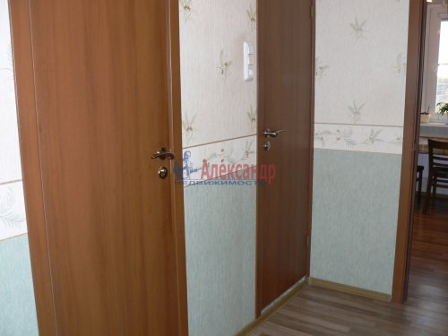 2-комнатная квартира (44м2) на продажу по адресу Стародеревенская ул., 21— фото 15 из 16
