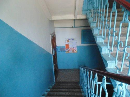2-комнатная квартира (54м2) на продажу по адресу Песочный пос., Ленинградская ул., 44— фото 10 из 15