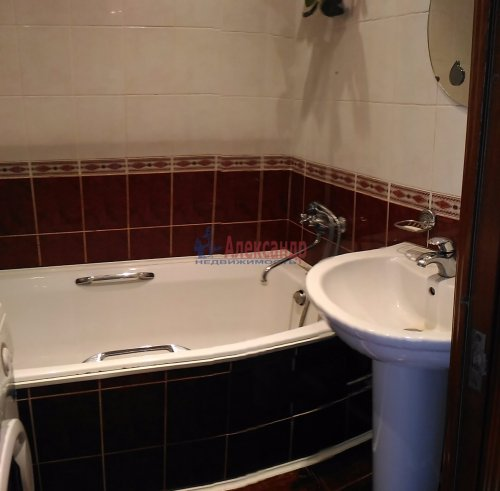 2-комнатная квартира (53м2) на продажу по адресу Ударников пр., 38— фото 6 из 10