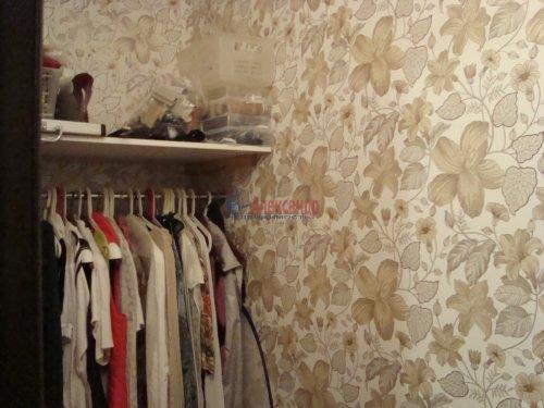 1-комнатная квартира (40м2) на продажу по адресу Ленинский пр., 72— фото 4 из 8