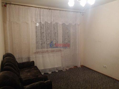 1-комнатная квартира (40м2) на продажу по адресу Киришская ул., 11— фото 3 из 8
