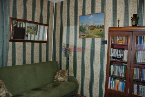 3-комнатная квартира (81м2) на продажу по адресу Таврический пер., 12— фото 8 из 16