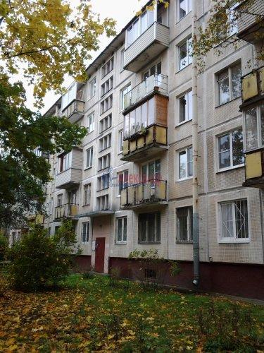 2-комнатная квартира (45м2) на продажу по адресу Юрия Гагарина просп., 20— фото 2 из 11