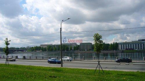Комната в 2-комнатной квартире (62м2) на продажу по адресу Октябрьская наб., 64— фото 16 из 18