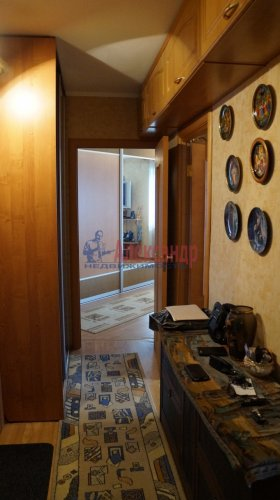 2-комнатная квартира (61м2) на продажу по адресу Мурино пос., Оборонная ул., 2— фото 5 из 7