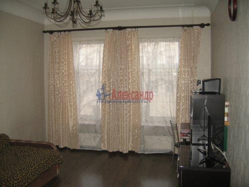2-комнатная квартира (63м2) на продажу по адресу Кондратьевский пр., 32— фото 3 из 18