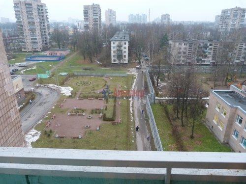 1-комнатная квартира (39м2) на продажу по адресу Пискаревский пр., 52— фото 9 из 16