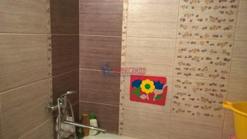 2-комнатная квартира (57м2) на продажу по адресу Отрадное г., Гагарина ул., 14— фото 10 из 13